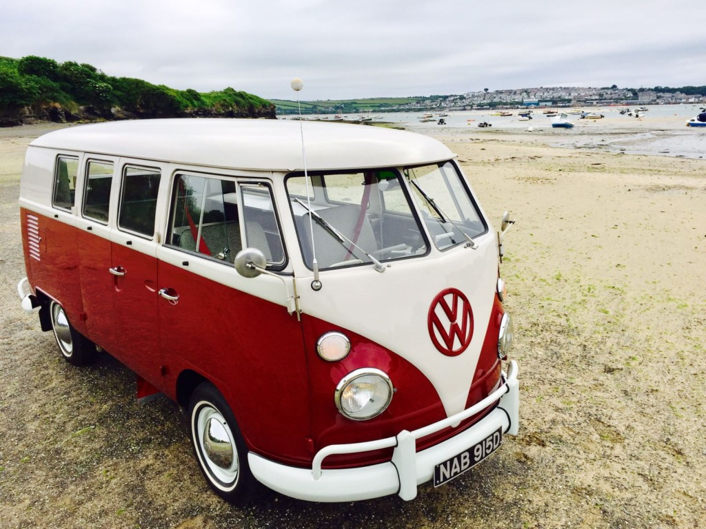 1966 Volkswagen Splitscreen Campervan Bus – SOLD